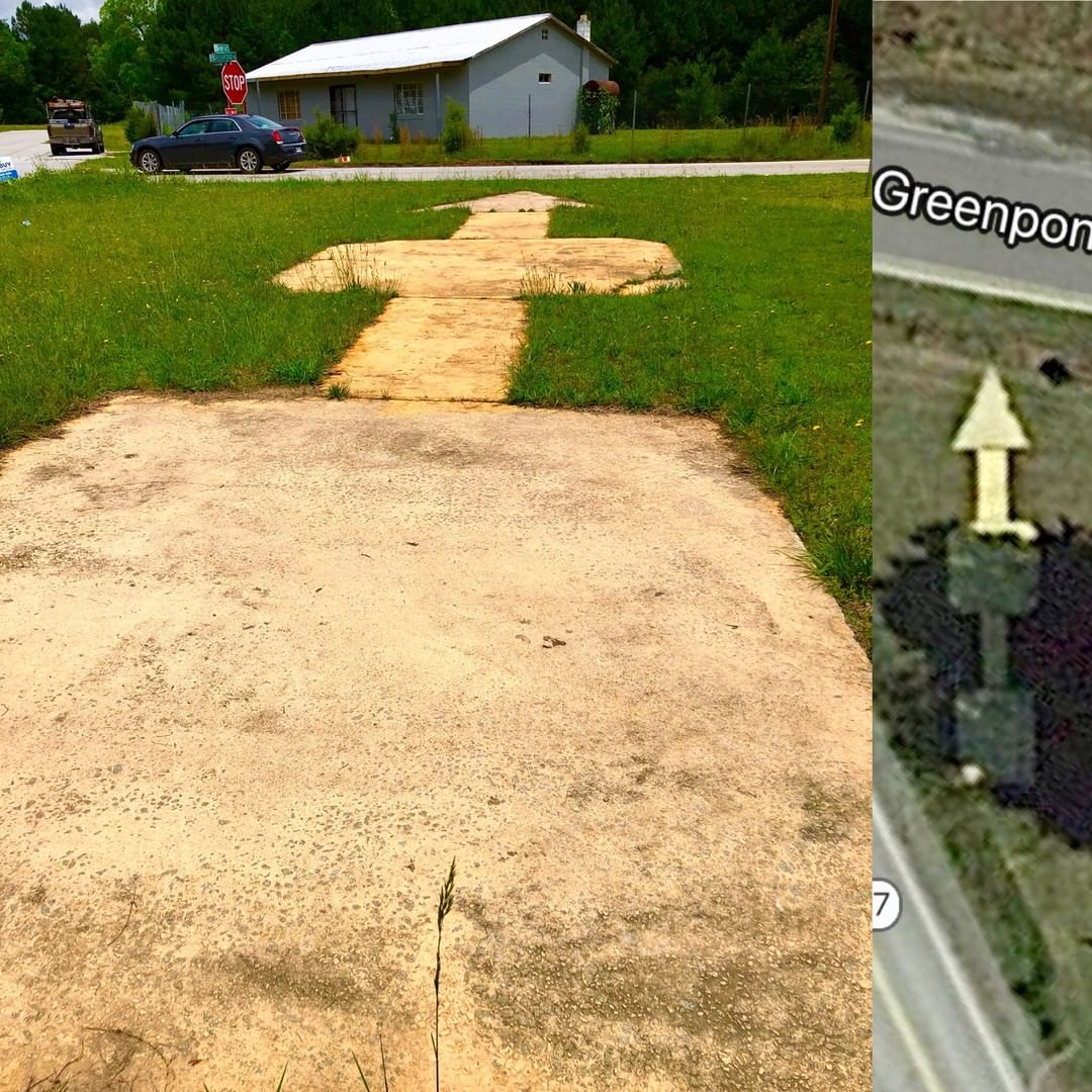 This concrete arrow is part of the Transcontinental Air Mail route markers. This marker is near Reidville, SC at the intersection of Greenpond Rd and SC-417.  It was developed around 1924 and by the 1930s it was obsolete