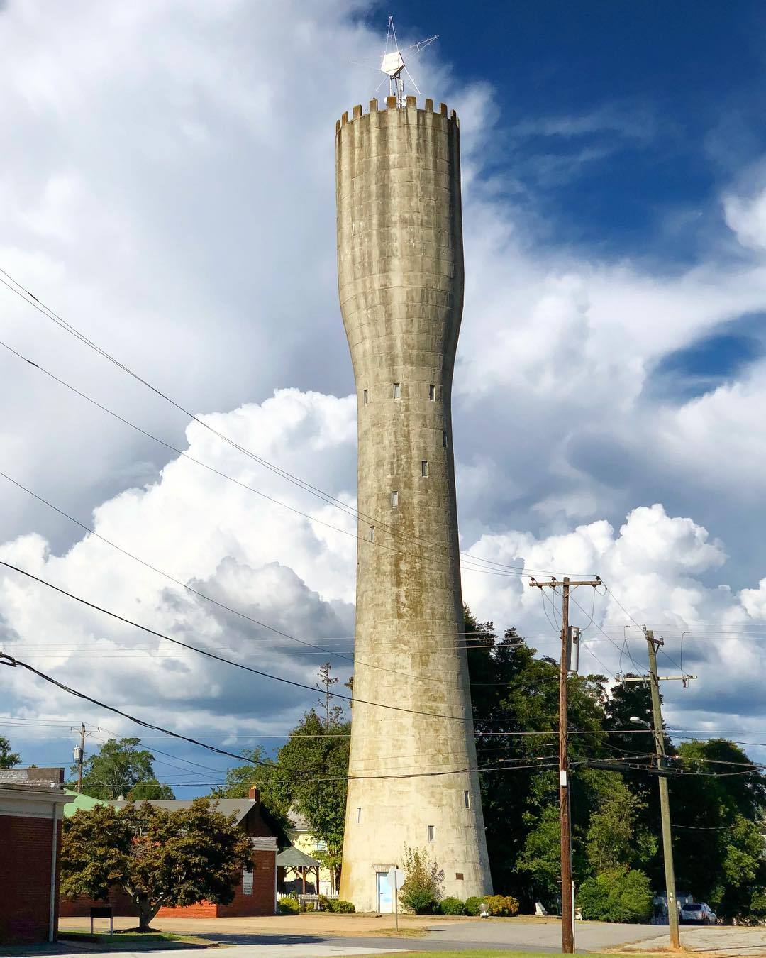 This unique, castle-like structure was built in 1908-09 as a water tower for the City of Belton. Rising 155 feet into the air, it has long been used by pilots to pinpoint their location along the eastern seaboard. It is the tallest of three standpipe water towers in the state