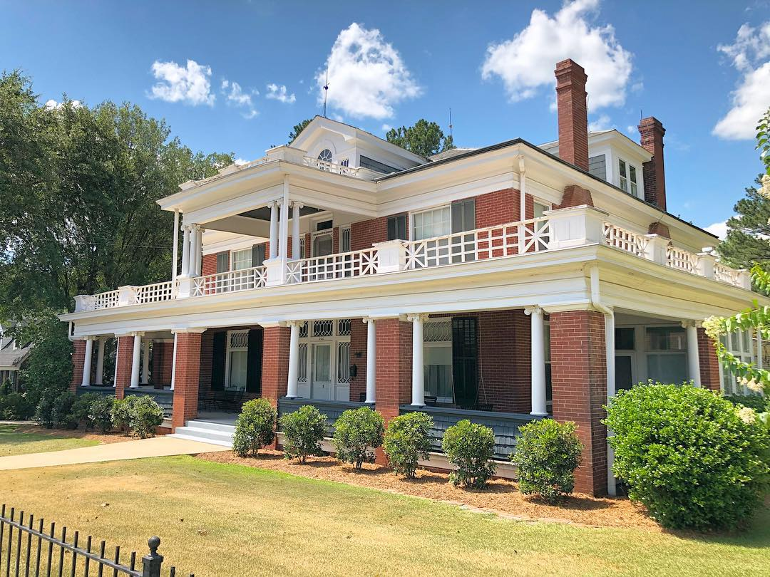 Constructed in 1904, the Hurst-Streeter House is a colonial revival influenced style built for a local merchant. The facade is built of handmade Pennsylvania brick while the back is made of local brick
