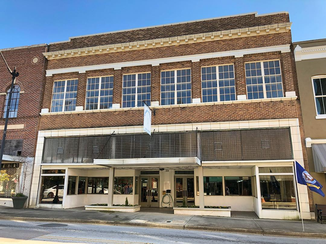 1312 Main Street in Newberry was built ca. 1935. It housed the business called The Fashion for many years