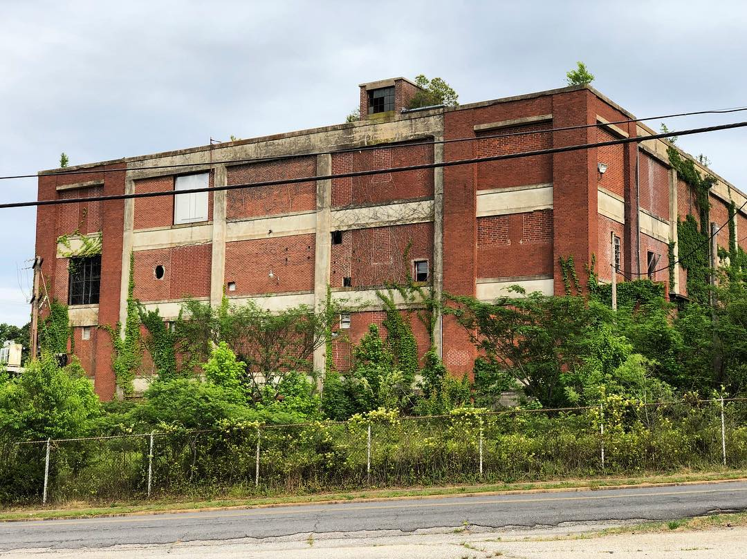 An abandoned Republic textile/cotton mill in Great Falls, built around 1923. It is one of 3 mills that were active there before the mills closed in 1980