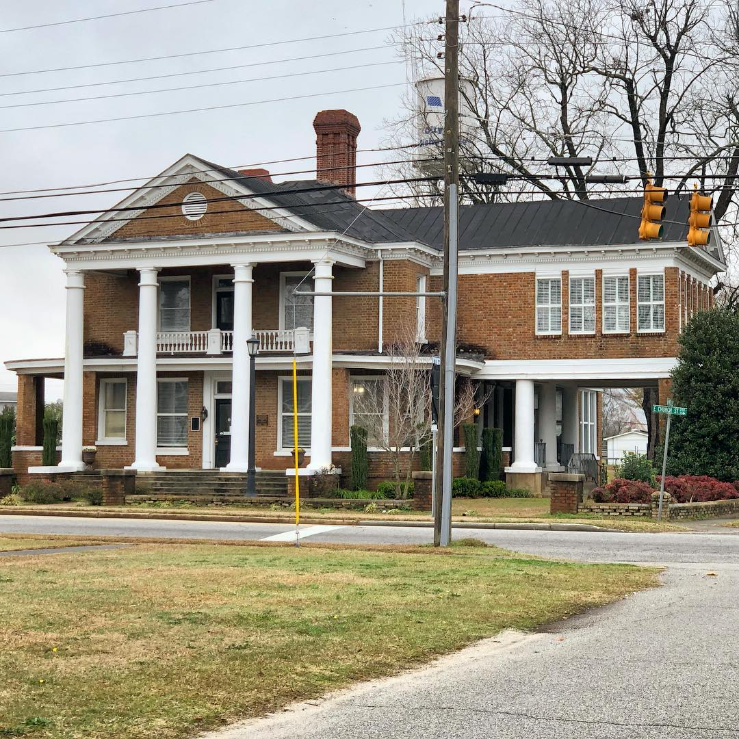 Bishopville City Hall. From 1790 until 1821 the settlement was known as Singleton's Crossroads