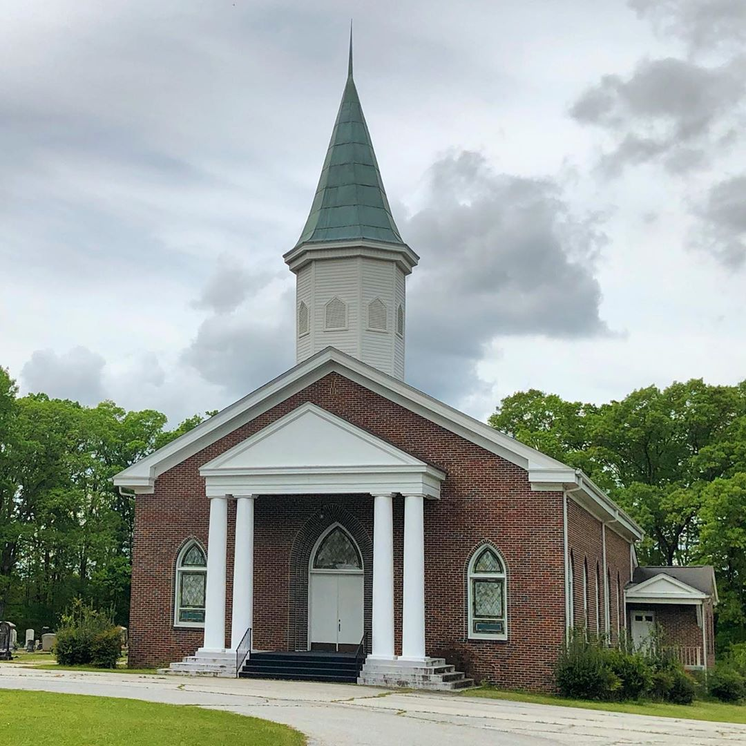 Liberty Springs Presbyterian Church was organized in the town of Cross Hill in 1787. It takes its namefrom a nearby spring