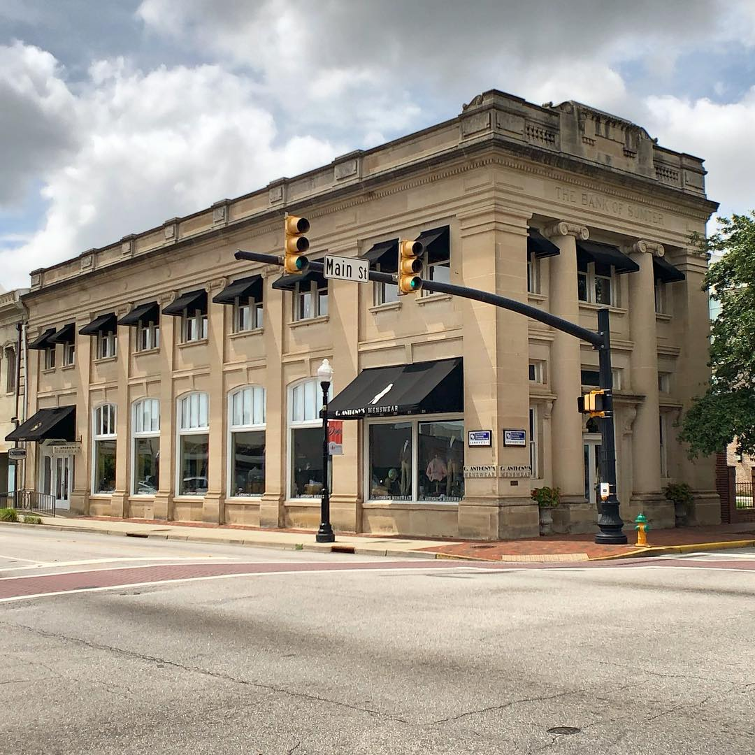 The Bank of Sumter was constructed in 1912. The bank was the first locally owned and operated bank in Sumter, but could not survive the Great Depression. The building was occupied by Bradham Realty and later Bradham Insurance