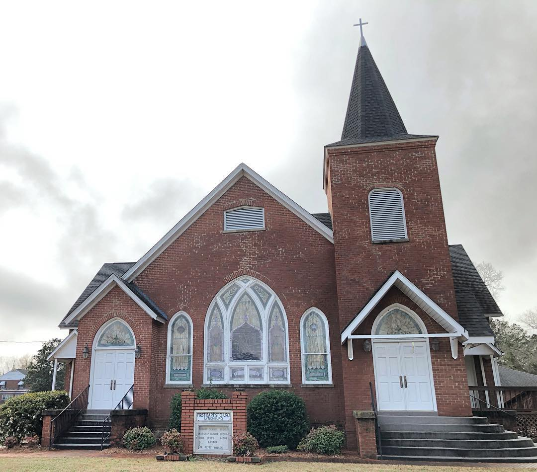 The First Baptist Church Of Lynchburg was established in 1870