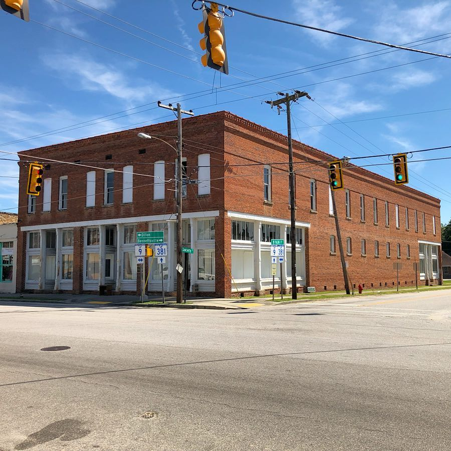 The A. L. Calhoun Store was built on 1907 by Archibald L. Calhoun Jr