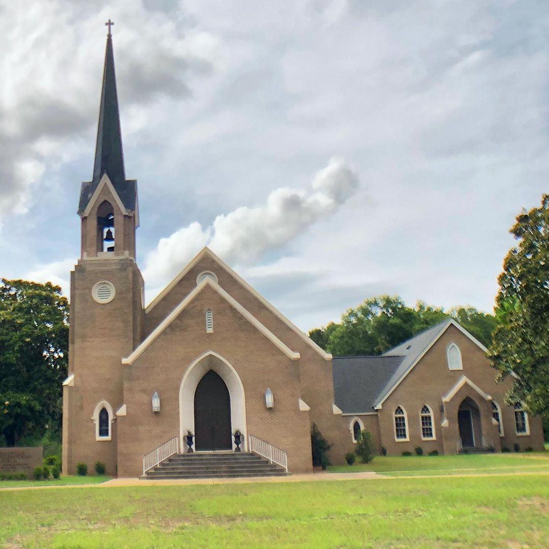 The Mayesville Presbyterian Church was established in 1881. That church burned in 1975 and was replaced with this current building in 1977