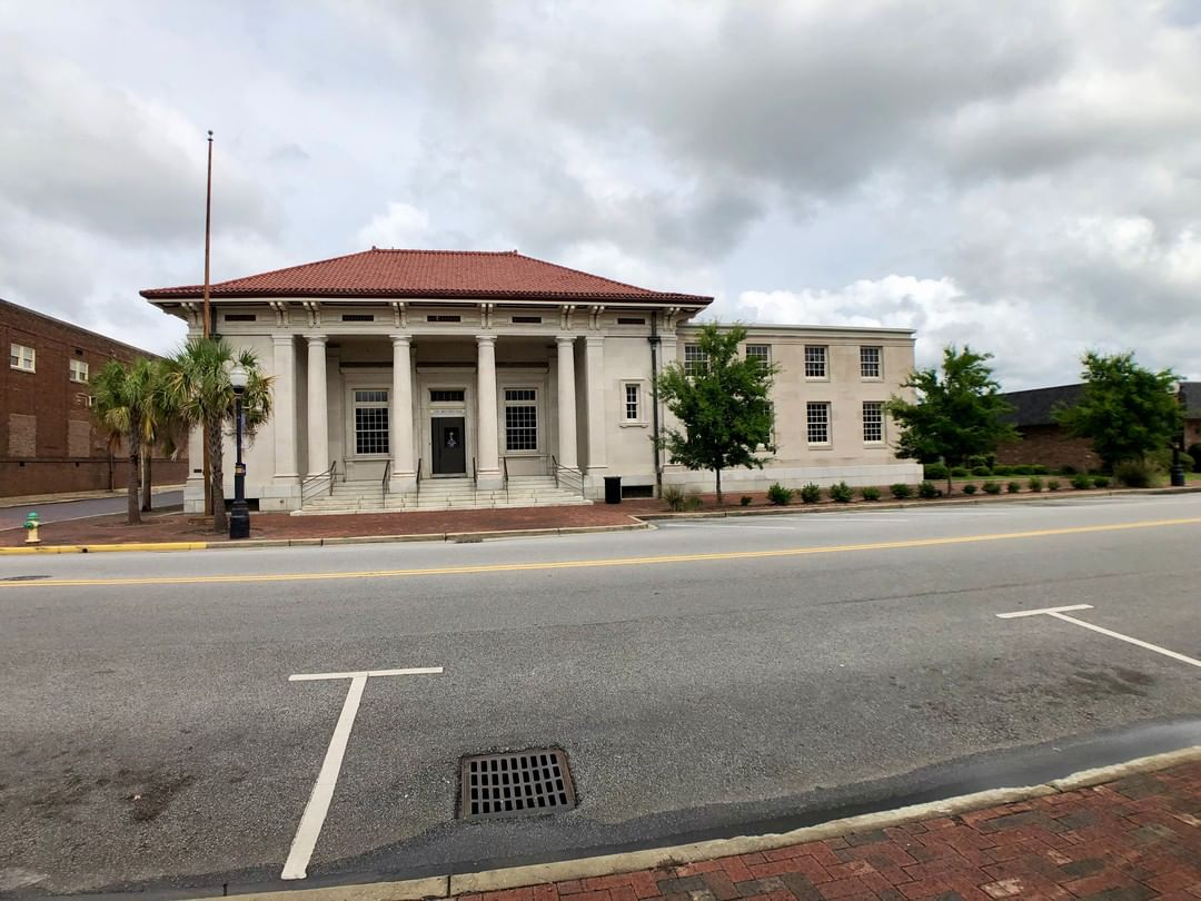 The Federal Building in Sumter was built in 1907 of cut limestone. The Federal Building was formerly the U.S. Post Office and later Central Carolina Tech
