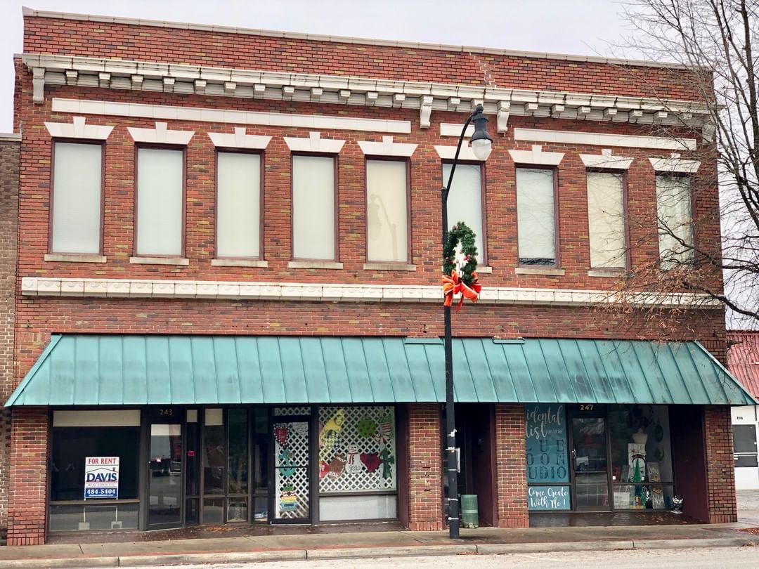 The Tisdale Building was built in 1920. Tisdale was a prominent cotton merchant in Bennettsville
