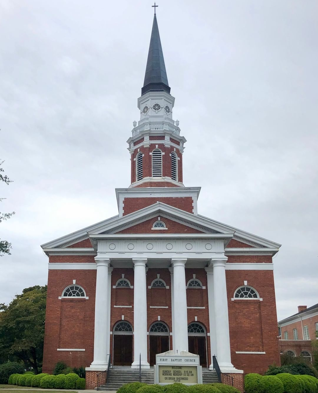 The First Baptist Church in Darlington was built in 1912. The congregation was established in 1831 as the Darlington Baptist Church of Christ. The church was renamed when this current structure was built