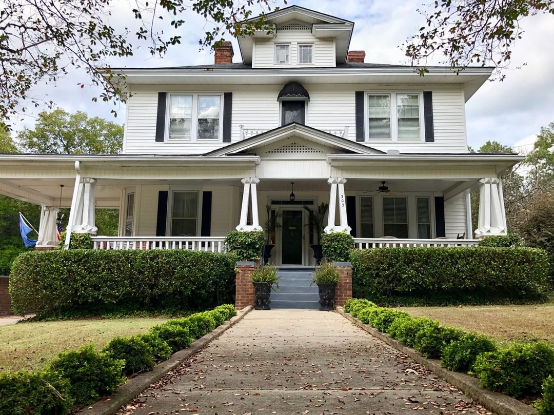 Thurmond Place, in Edgefield, was built c.1897. J. Strom Thurmond was born here in 1902. Thurmond graduated from Clemson and initially began his career as a high school teacher. He then served as State Senator, Governor,  Army Officer on D-Day (Normandy), and then US Senator