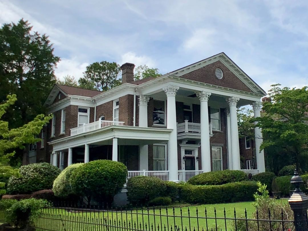 The Magnonia House is a 6,000 sqft Classical Revial style home built in 1909. The home was recently used as a Bed & Breakfast, but has since closed