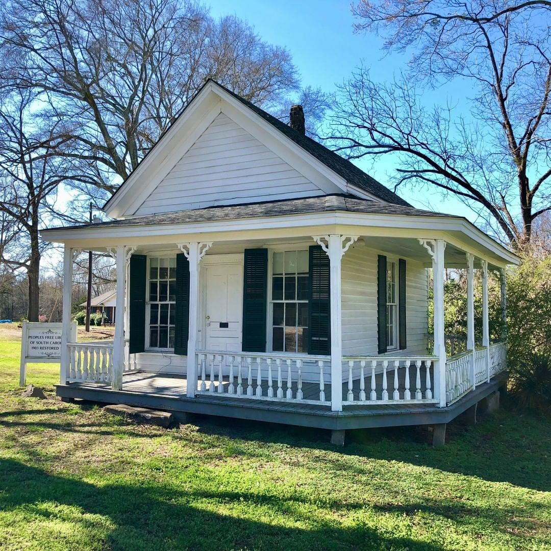 The People's Free Library in Lowrys, SC was started by Pharmacist Dr. Delano Fitzgerald (from Baltimore, MD). This library was built in 1903 and operated until 1954. It is now a museum