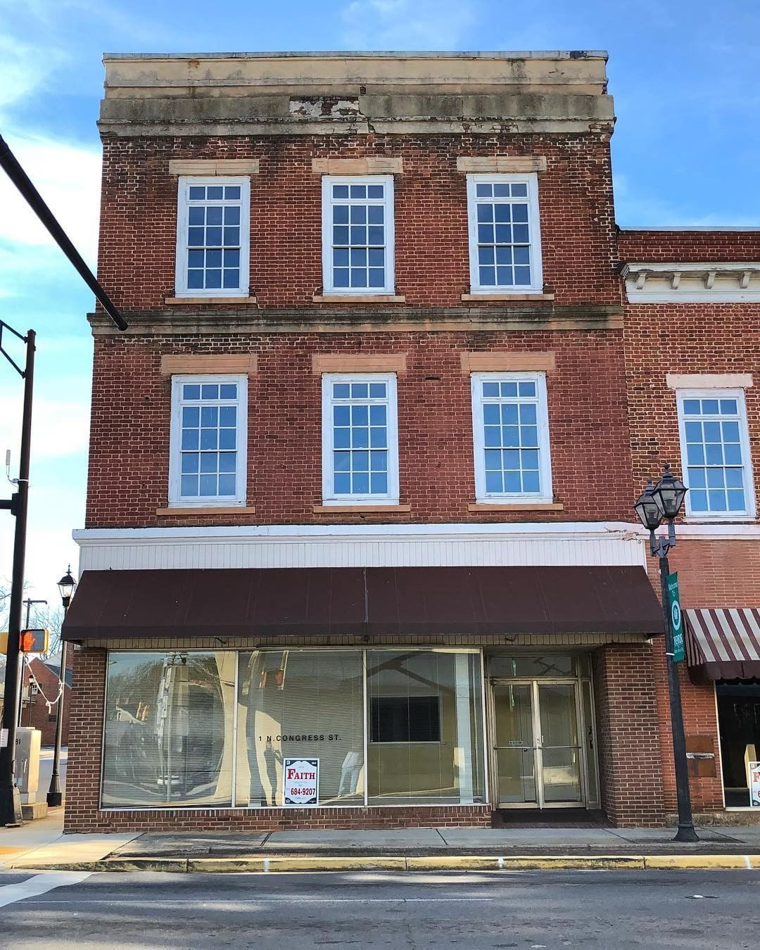 The historic Bratton Store at 1 N Congress Street in York, SC was built between 1810 and 1820
