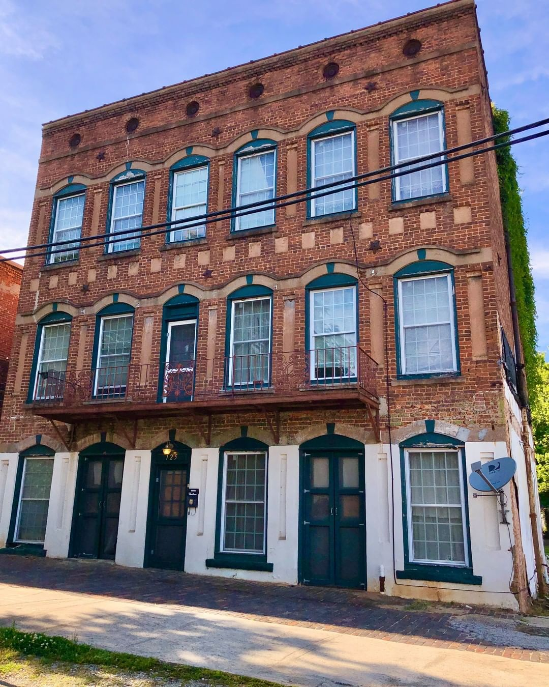 The Brown Franklin Building was built in 1890 as a grocery and restaurant. Brown Franklin was a prominent african-american restaurateur in Laurens