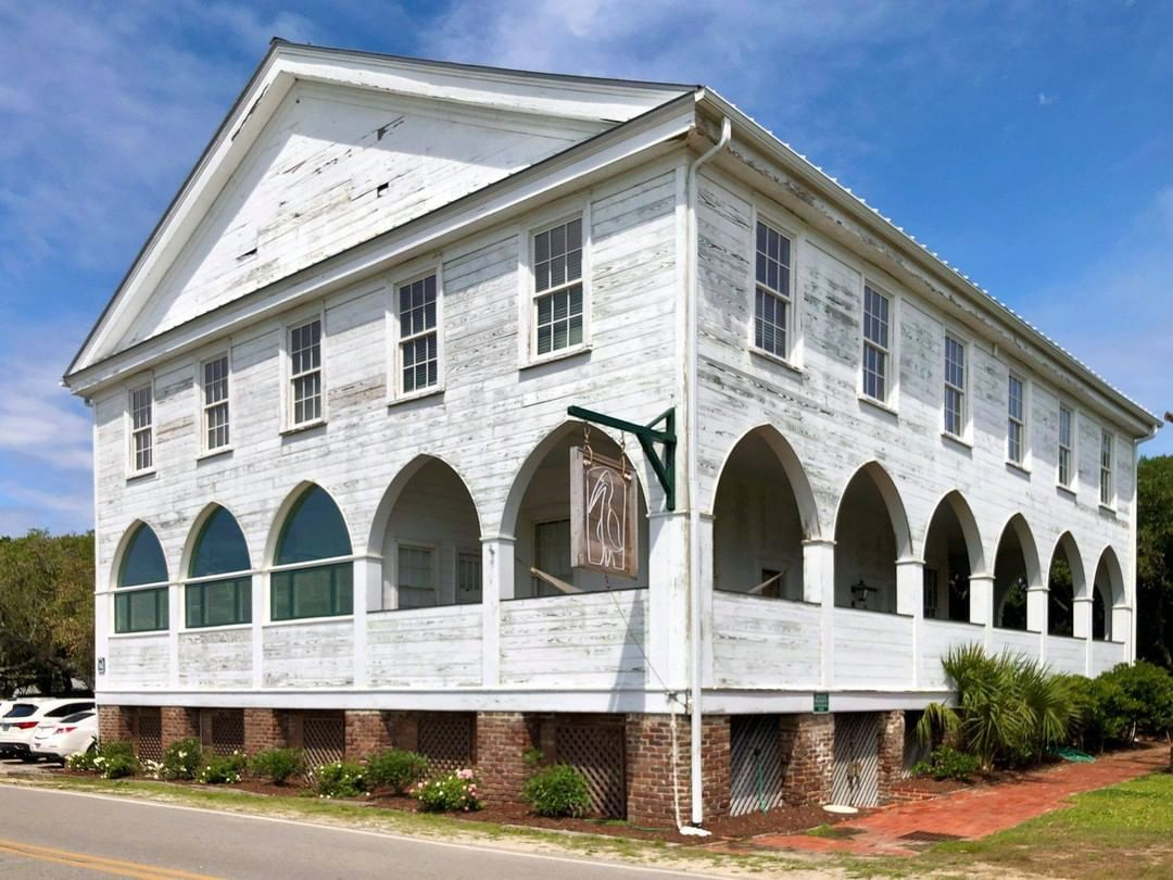 The P. C. J. Weston House and Pelican Inn was built in the late 1840s by Plowden Charles Jenrette Weston, whom would become Lt. Governor in 1862. It was sold to William St. Julien Mazyck in 1864, who sold the house to Atlantic Coast Lumber Company in 1901. The company permitted its employees to vacation here