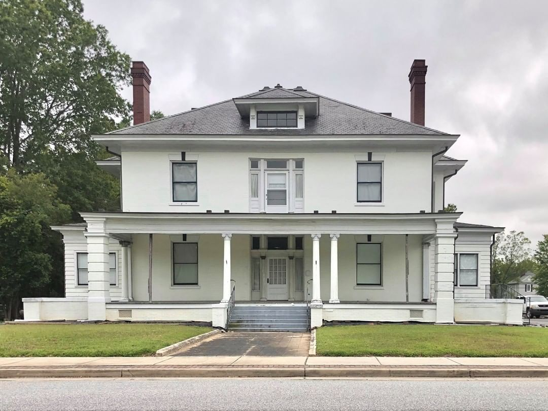 The R. L. Sturgis home was built ca. 1905. Sturgis was on the Rock Hill City Council in the early 1900s. He helped start the York County Southern Cotton Association in 1905